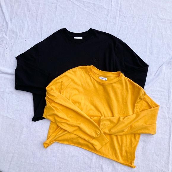 Lot of 2 Artizia TNA Agden Long Sleeve T-Shirts